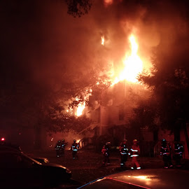 Knoxville, TN 3 alarm fire Monday 11-17-2014 by Mike Watiker - News & Events US Events