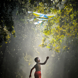 Playing Kite by Pimpin Nagawan - Babies & Children Children Candids