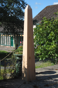 2.5 Metre Wooden Obelisk in Green Oak