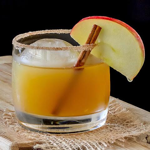 Cider-Bourbon Cocktail Recept | Yummly