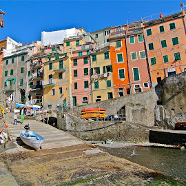 by Felice Bellini - City,  Street & Park  Neighborhoods ( rio maggiore, cinque terre, europe, italia, liguria, 5 terre, atp, riomaggiore, real estate, italy )