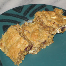 Chewy Cherry Vanilla Oatmeal Cookie Bars