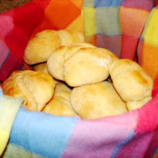Hearty Wheat Yeast Rolls