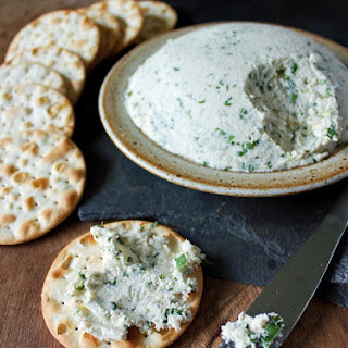 Herb Cashew Cream Cheese