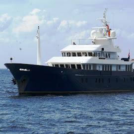 MY Northern Sun by Ilse Gibson - Transportation Boats ( motorcruiser, cruiser, superyacht, motorboat, luxury yacht, thailand, motoryacht, phuket )