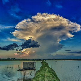 UFO Clouds by Gourab Mitra - Landscapes Cloud Formations ( clouds, cloudscape, india, ufo, landscape, photography )