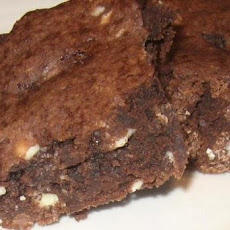 White Chocolate and Pecan Brownies