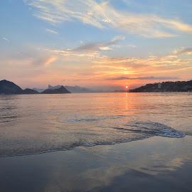 Sun over Rio by Hugo Reis - Landscapes Sunsets & Sunrises ( rio de janeiro, sunset, seascape,  )