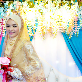 Bride & Light by Wan Khairi - Wedding Bride