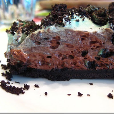 St. Patrick's Day Chocolate Mint Pie