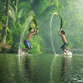 Water War Games by Ipoenk Graphic - Babies & Children Children Candids ( kids playing in summer )