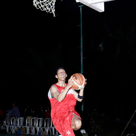 freeze by Meylani Natalia - Sports & Fitness Basketball
