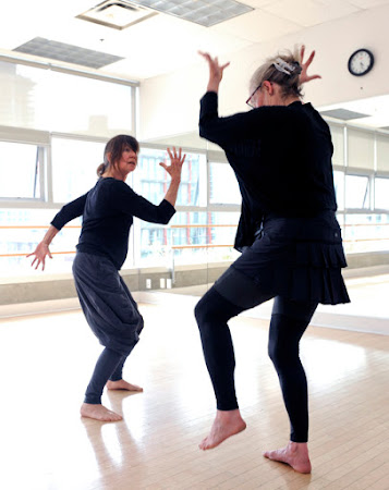 <p> <strong>June 21, 2013 Showing with Jennifer Mascall</strong></p>