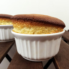 Easy 2-Ingredient Dessert Souffle´