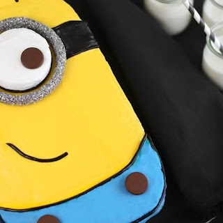 Despicable Me Minion Sheet Cake