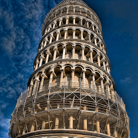 Reach for the sky by Paul Telford - Buildings & Architecture Public & Historical ( leaning, tower, paul, sky, blue, pisa, italy, telford, photography,  )