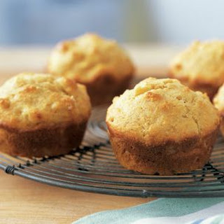 Fresh Corn and Cornmeal Muffins