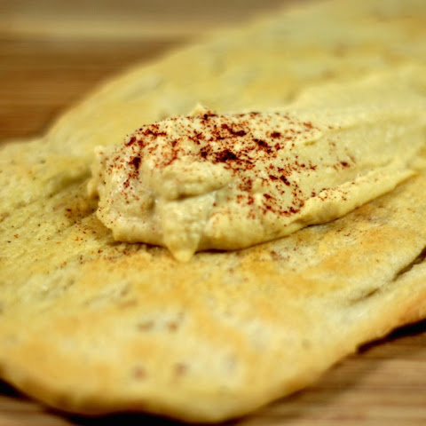 Delicious Hummus and Pita Bread