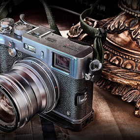 Fuji X100s by Ferdinand Ludo - Products & Objects Technology Objects ( x100s, mirrorless, fuji camera,  )