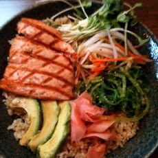 Grilled Salmon Sushi-Rice Bowl