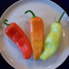 Peppers by Shawn Byrd - Food & Drink Fruits & Vegetables ( banana papper, eat me, colorful, spicy, veggie plate, pepper )