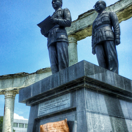 1st Presiden of Indonesia Monument (Ir.Soekarno-Hatta) by Aldion Christiawan - Buildings & Architecture Statues & Monuments