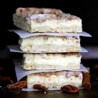 Cinnamon Pecan Streusel Cheesecake Bars