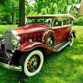 Vintage Buick Touring Car by Reuss Griffiths - Transportation Automobiles ( classic car, car show, touring car, stan hywetl, vintage buick )