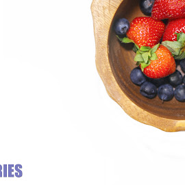 Webpage template by Dipali S - Typography Captioned Photos ( logo, icon, isolated, healthful, diet, website, delicious, health, blueberries, strawberry, wooden, captioned photo, page, fresh, webpage, container, berries )