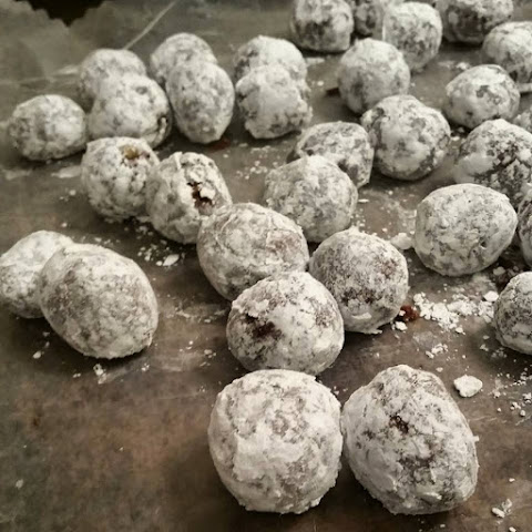 Boozy Ball Cookie