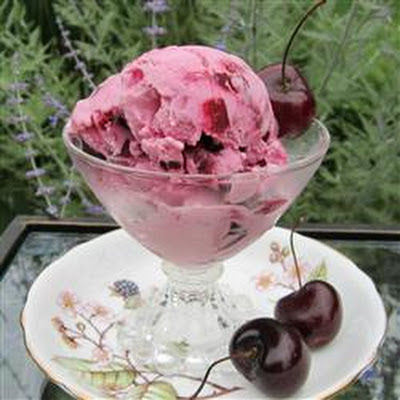 Cherry Cheesecake Frozen Yogurt