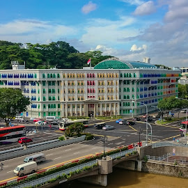 Colorful Singapore by Wim Swyzen - City,  Street & Park  Skylines ( information, arts, ministry of communication, colors, street scenes, singapore )