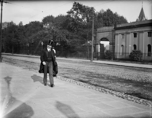 Gentleman in top hat on Earlsfort Terrace