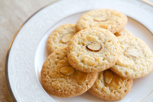 almond orange cookies and homey kind of cookies almond orange cookies ...