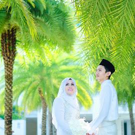 Malay wedding by Aismat Azizan - Wedding Bride & Groom ( wedding, solemnization, malay, couple, marriage )