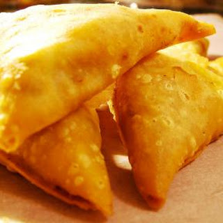 Easy Vegetarian Samosas