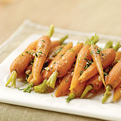Steamed Carrots with Garlic-Ginger Butter