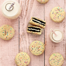 Oreo Stuffed Funfetti Cookies