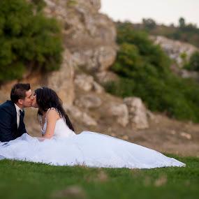 by MIHAI CHIPER - Wedding Bride & Groom (  )