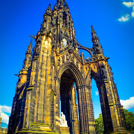 The Scots Monument, Edinburgh. by Lyndsay Hepburn - Buildings & Architecture Statues & Monuments ( gothicstylescottishmonument, edinburgharchitecture, scotsmonument, hugemonument, monumentinprincestreetgarden )