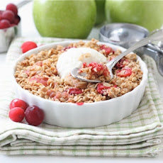 Gluten-Free Apple Cranberry Crisp