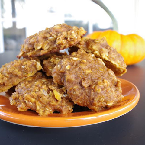 Spiced Pumpkin Oatmeal Cookies