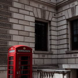 London Calling by Shaun Norton - Buildings & Architecture Other Exteriors ( phone, london, box, telephone, booth )