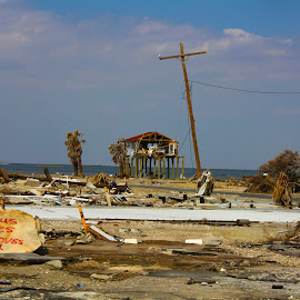 hurricane ike by Jim Oakes - News & Events Weather & Storms ( houses, destoyed, day, ike, hurricane )