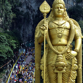 Batu Caves, Malaysia by Kristin Cosgrove - Novices Only Street & Candid
