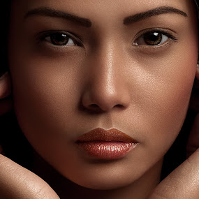 Mitch by Ulysses Caronongan - People Portraits of Women ( looks, simply, allurung, beauty, close up, captivating, portrait )