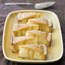 Cornmeal Cake with Dulce de Leche