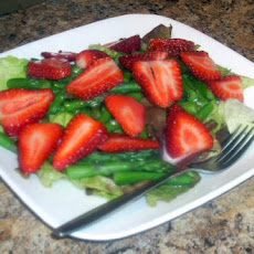Elegant Strawberry and Asparagus Salad