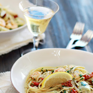 Shrimp Scampi with Tomatoes and Artichokes