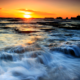 by Choky Ochtavian Watulingas - Landscapes Sunsets & Sunrises ( clouds, water, choky sinam, waterscape, sunset, wave, rocks )